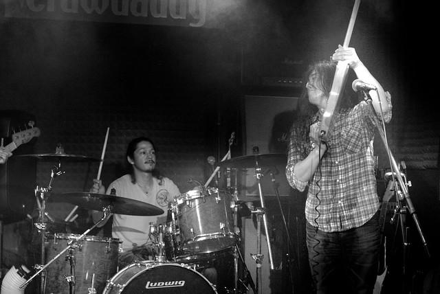 O.E. Gallagher live at Crawdaddy Club, Tokyo, 15 Jun 2013. 321