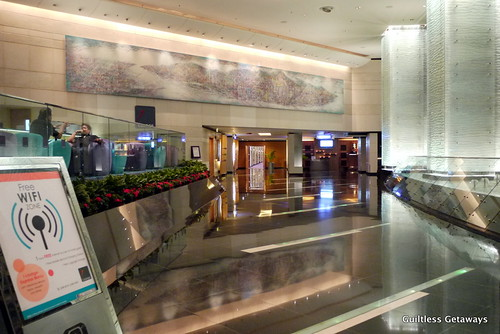 regal-airport-hotel-hong-kong.jpg