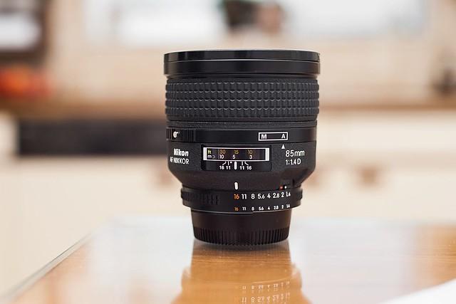 Nikon 85mm f/1.4 D