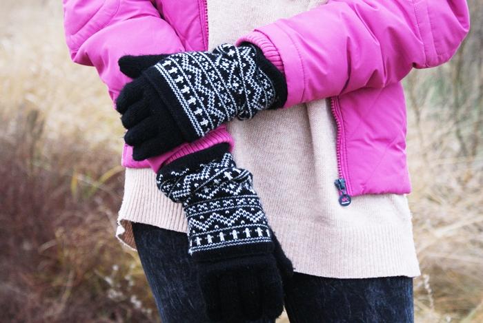 rękawiczki w skandynawskie wzory