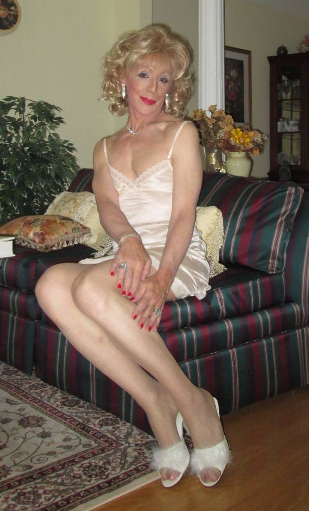 Mature tranny gallery