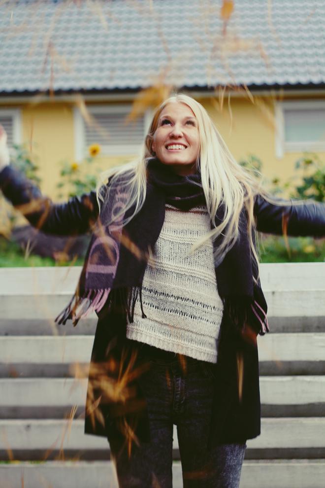Ennin kengissä, fall, Canon EOS 7D, Dior scarf
