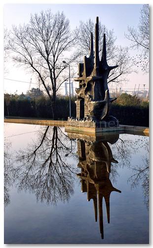 Escultura em rotunda de Matosinhos by VRfoto