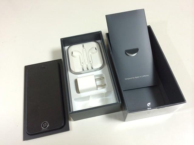 iPhone5と箱と付属品