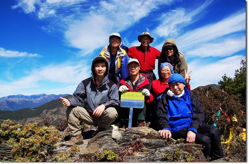 喀西帕南山山頂(Elev. 3276 m) 3