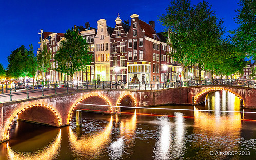 city longexposure travel holland colour netherlands amsterdam architecture night canal postcard famous best canon5d scape picturesque iconic mustsee the 2013 ef241054lis