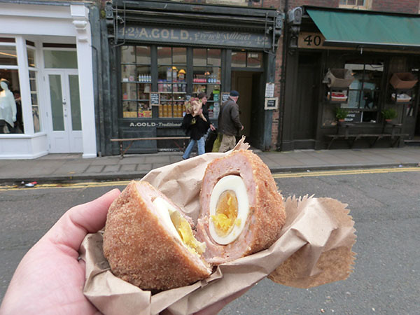 scotch egg ouvert