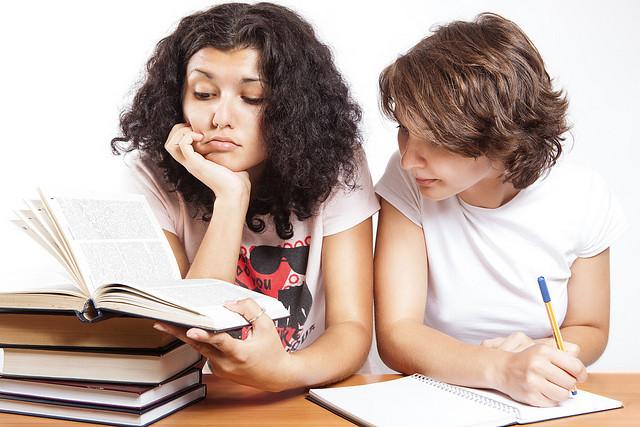 學英文很痛苦嗎?兩原則扭轉英文是罩門的你!