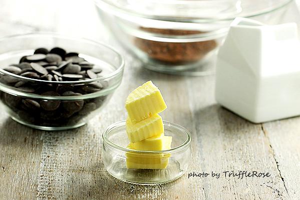 黑上加黑松露巧克力 Black-on black Truffles-20140120