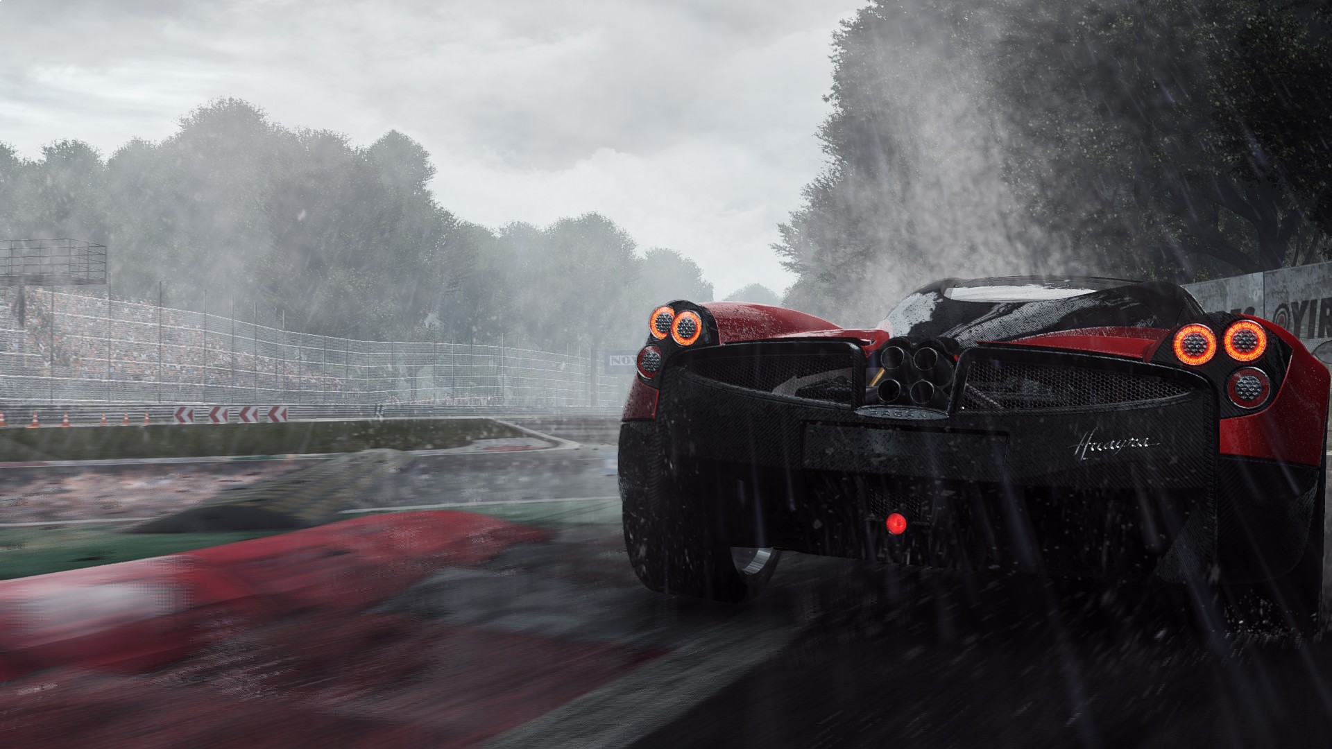 Pagani Ready to Race in Rain - Top 10 HD Raindrop Wallpapers for Your Desktop