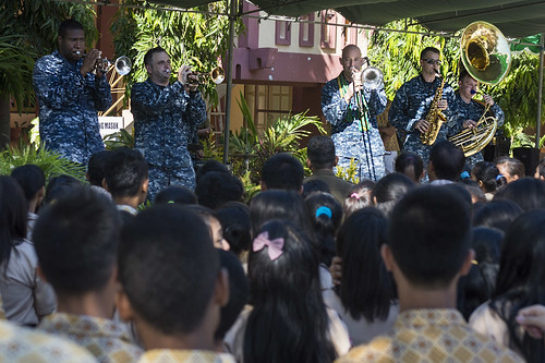 Partners Build Relations at Local Church During Pacific Partnership