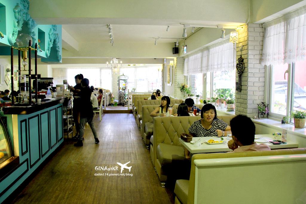 台北市萬華區》西門町焗烤下午茶咖啡 Oyami cafe 華麗風格 焗烤飯、義大利麵、下午茶來個鬆餅 一次滿足 @Gina Lin