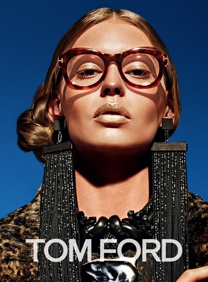 Ondria-Hardin-for-Tom-Ford-Fall-Winter-2015-04