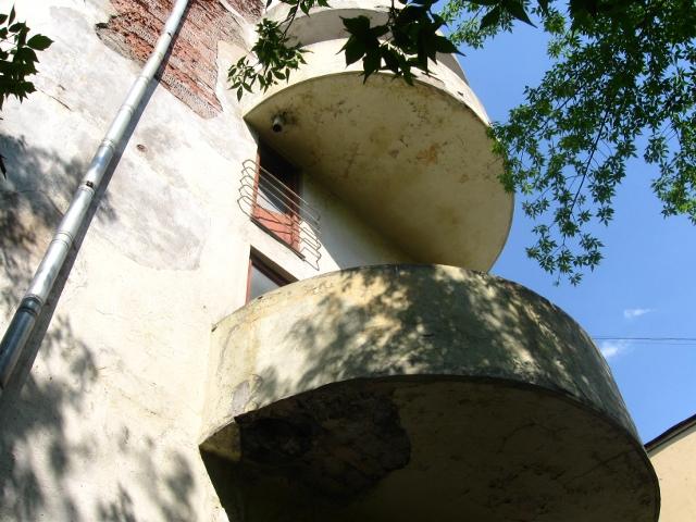 Дом Наркомфина, полукруглые балкончики