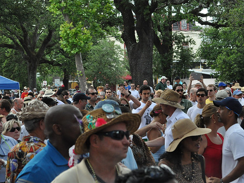 Crowds at the Cajun-Zydeco Fest