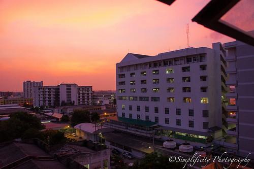 โรงพยาบาลมหาราชนครราชสีมา Maharat Nakhonratchaseema Hospital