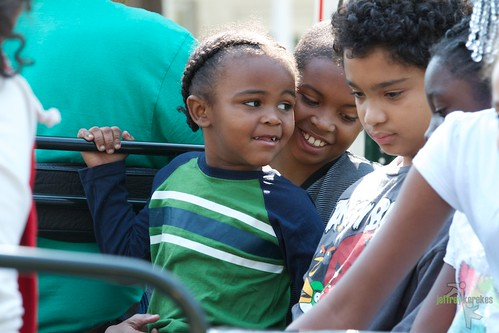kids enjoy the Chatham Square Neighborhood Festival (by: Jeffrey Kerekes, I Love New Haven)