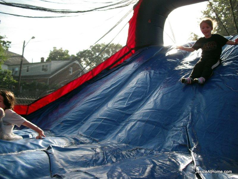 bouncy-slide-at-family-fun-night-13