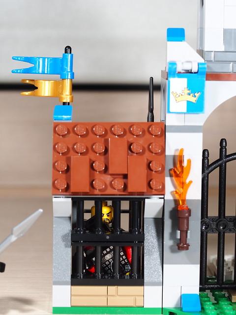 P9085243 LEGO 70402
