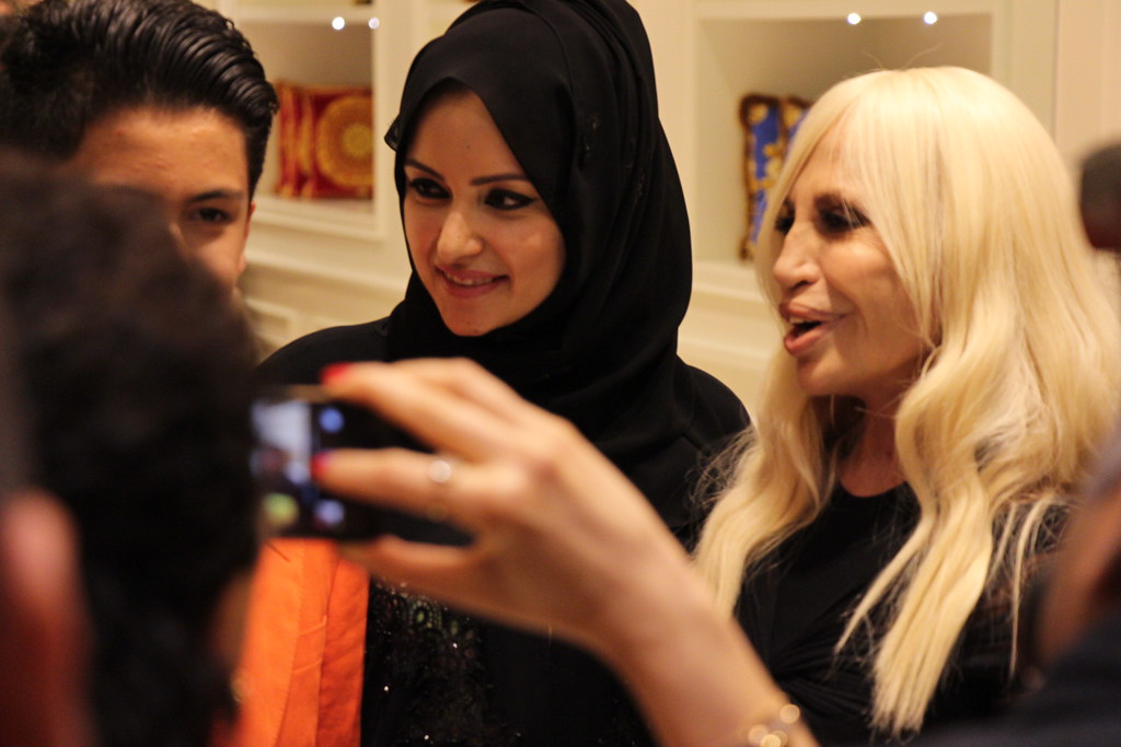 donatella versace, dubai mall, versace home, dubai fashion blog