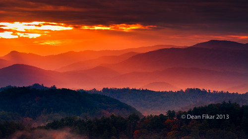 park morning blue autumn trees winter light sky panorama orange foothills mist mountains west nature fog rural sunrise landscape outdoors dawn early nationalpark twilight seasons natural tennessee country foggy scenic silhouettes peaceful ridge national parkway serenity serene smoky appalachian wilderness smokies ridgeline tranquil springtime daybreak greatsmokymountainsnationalpark