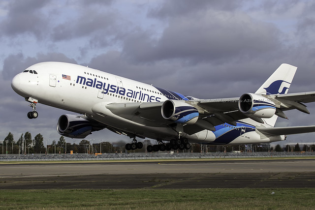 Malaysia Airlines Airbus A380 9M MND