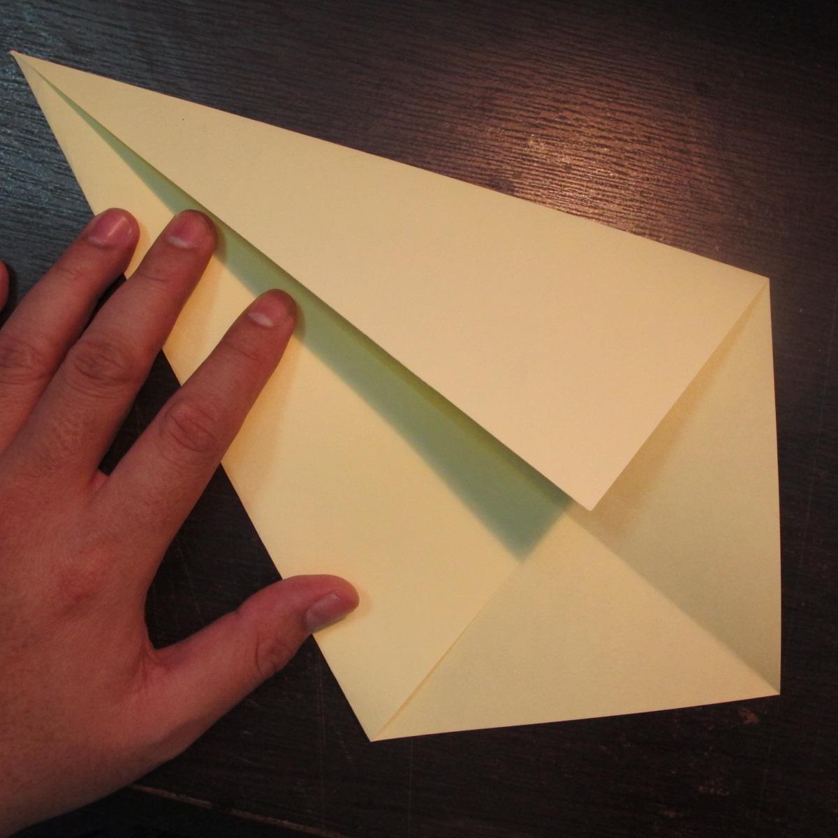 วิธีการพับกระดาษเป็นรูปหงส์ 002