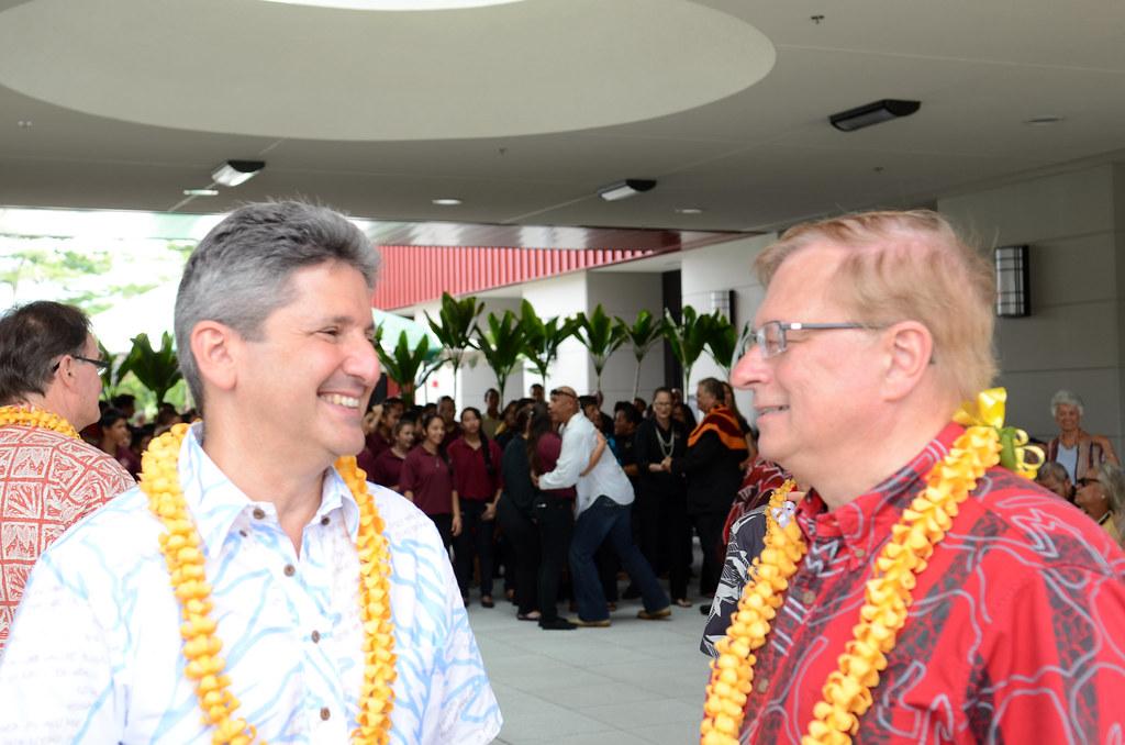 <p>UH System Interim President David Lassner with UH Hilo Chancellor Donald Straney at the dedication of Hale'ōlelo, the new home of the UH Hilo Ka Haka 'Ula O Ke'elikōlani College of Hawaiian Language.</p>