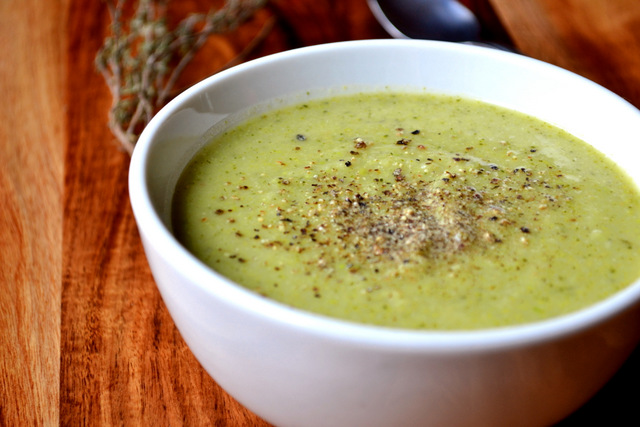 Broccoli and Pea Soup Recipe (2)