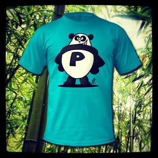 Panda Power T-Shirt. www.Tekenaartje.nl #Panda #Tshirt #Spreadshirt #Tekening #shirt #superheld #superhero #wildlife #natuur #drawing #cartoon #customize #design