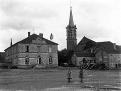 Hortes - Place Virey - Photo of Champigny-sous-Varennes