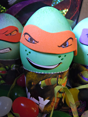 "Dudley's Easter :: Nickelodeon ""TEENAGE MUTANT NINJA TURTLES"" EASTER EGG DECORATING KIT xv // .. Mike foam mask sticker (( 2014 ))"