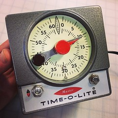tool(0.0), weighing scale(0.0), clock(0.0), tachometer(0.0), gauge(1.0), measuring instrument(1.0),