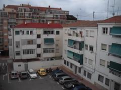 A la venta piso exterior, en la Colonia madrid. Solicite más información a su inmobiliaria de confianza en Benidorm  www.inmobiliariabenidorm.com