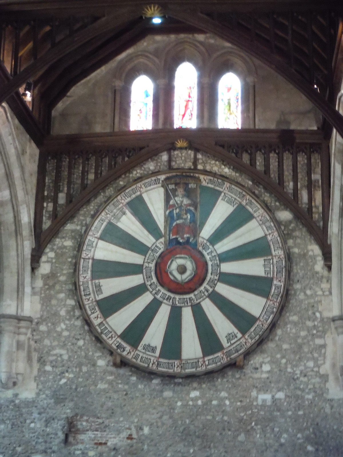 Arthur's Round Table, Winchester Great Hall SWC Walk 15 : Winchester Circular