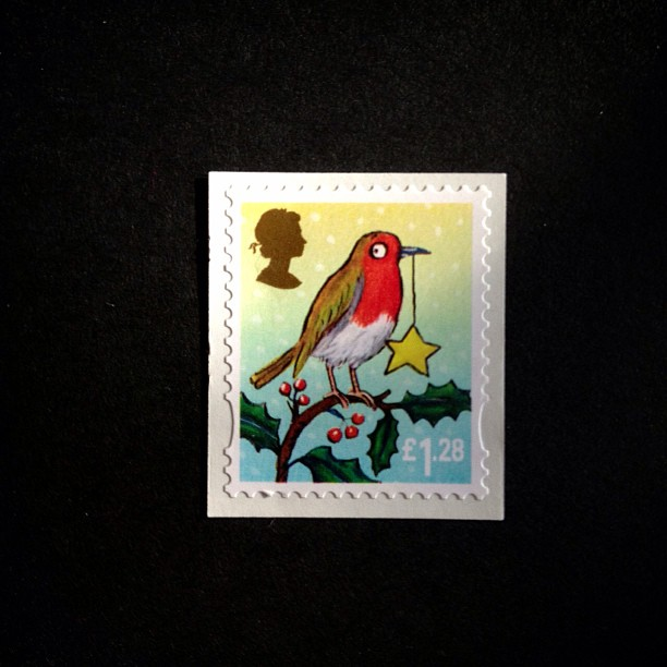 Day 4: animal a bit of festive ness today #christmas #robin #challenge #scavengerhunt #psjune #postalsociety #british #uk #stamp #postagestamp