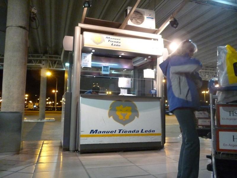 Manuel Tienda Leon shuttle service