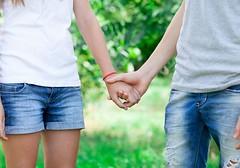 FARMACIA 3.0 -La prima volta delle adolescenti italiane. In Italia scarsa educazione sessuale – a cura del dott. Alberto Di Muria