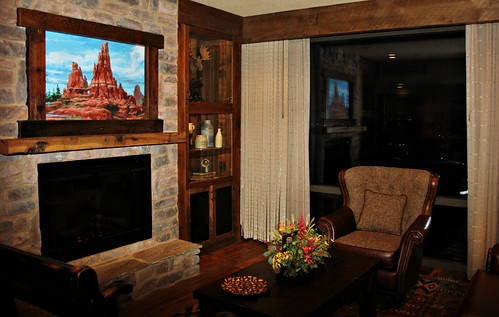 Big Thunder Suite living room