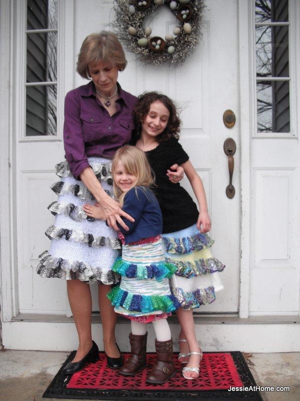 Wendy-knit-skirt-with-net-ruffles-pattern