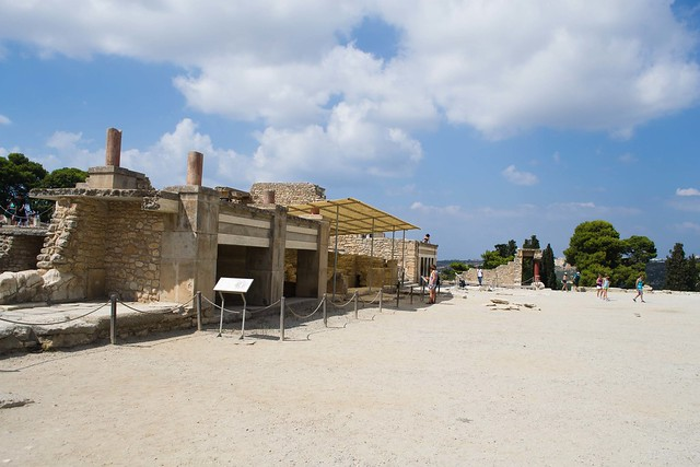 Exploring the Palace of Knossos | Crete, Greece