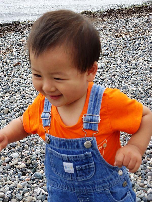 十三个月宝宝开口难、断奶难