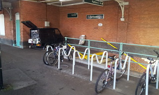 Earlswood bike store