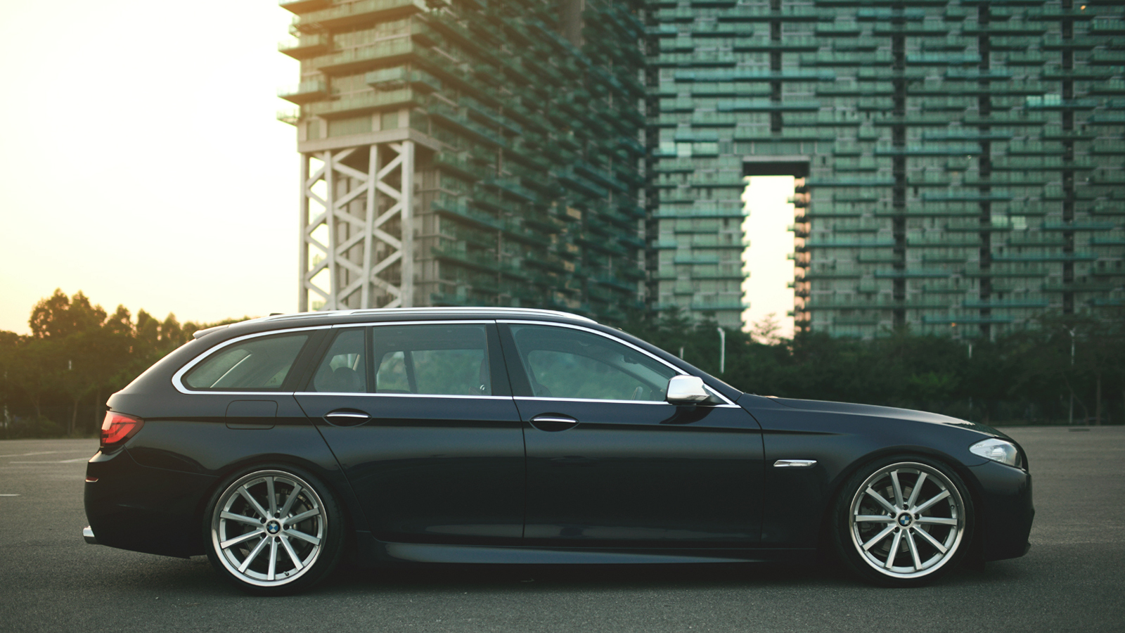 new updates of my stanced 530i touring f11. Black Bedroom Furniture Sets. Home Design Ideas