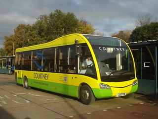 Courtney YJ62FME on Route 171, Bracknell