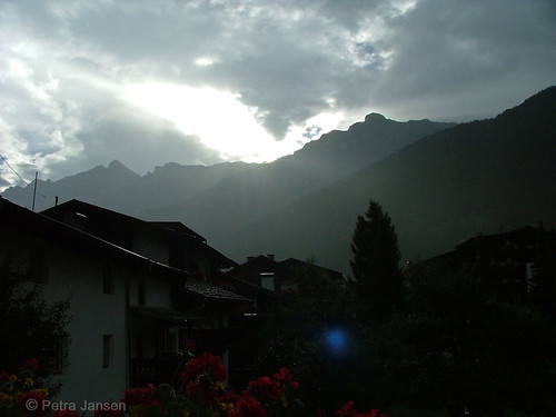 20130813Stubaital_Morgensonne_Neustift_WEB
