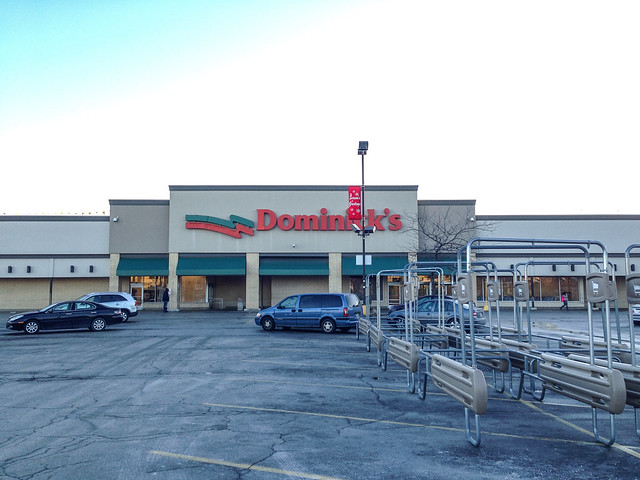 Dominick's closing at 71st & Jeffery