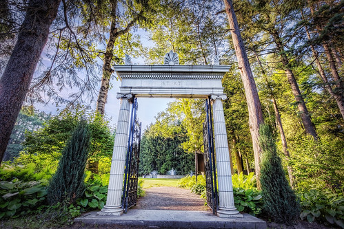 newyork garden gate wideangle upstate saratogasprings canonef1740mmf4lusm hdr highdynamicrange uwa yaddo spencertrask katrinatrask sdny canoneos6d topazadjust samanthadecker adobephotoshopcs6