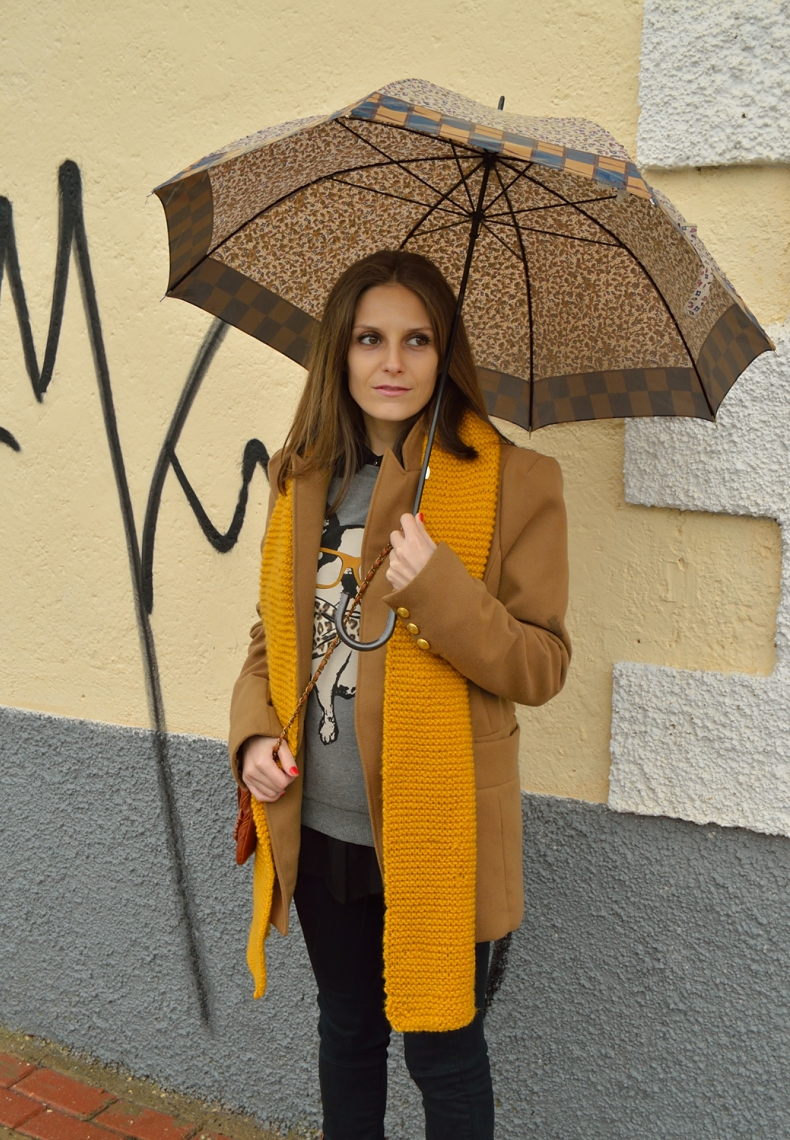 lara-vazquez-madlulablog-brown-coat-mustard-scarf-winter-look