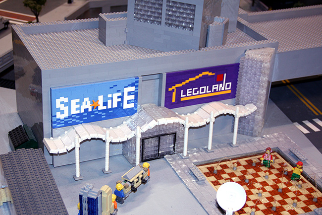MiniLegoWorld_Sea-Lfe-and-Lego-Land